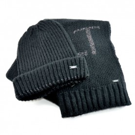 Cult 4649 black kit scarf and hat