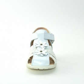 Walkey H60472C baby girl white first steps sandals
