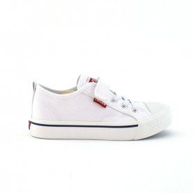Levi's Maui white sneakers with tear