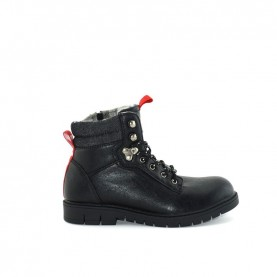 Levi's Sierra lace ups ankle boots black