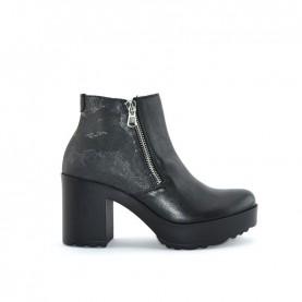 Alviero Martini ZI025 geo black ankle boots