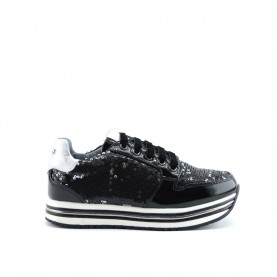 Gaelle G-110 black paillettes sneakers