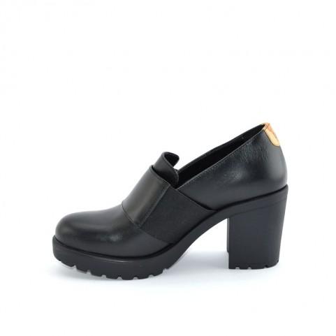 Alviero Martini ZA245 black heels loafer