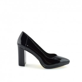 Menbur 20025 black pathent leather decoltè heels