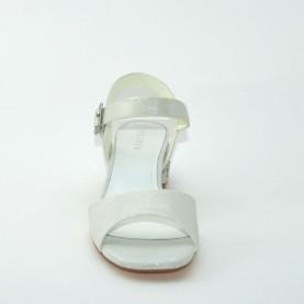 Menbur 07473 004 ivory sandals with stones