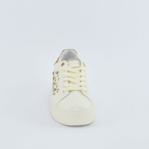 Alviero Martini 10203 white sneakers with geo applications