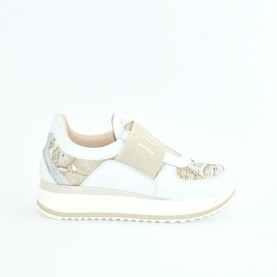 Alviero Martini N0609 white slip-on geo sneakers
